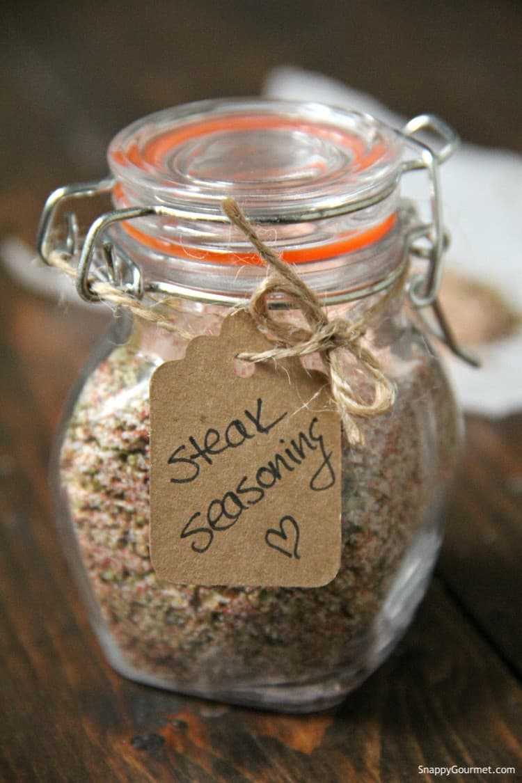 steak seasoning in glass jar with gift tag