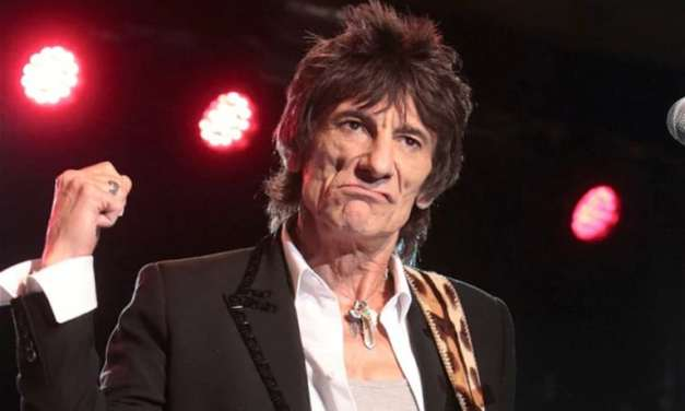 """Rolling Stones' Ronnie Wood Had """"Touch Of Lung Cancer"""""""