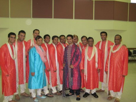 raas_bridal_party_guys_maulik.jpg