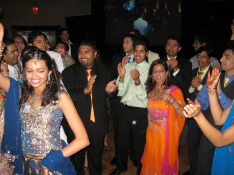 reception_dancing_2.jpg