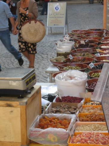 market_olives.jpg