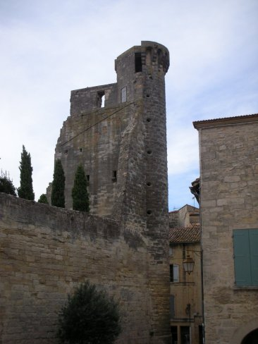 sommieres_town_castle_2.jpg
