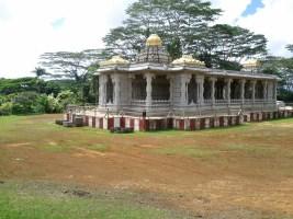 saiva_siddhanta_temple_outside