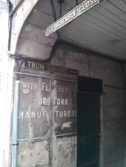 signs_tron_square