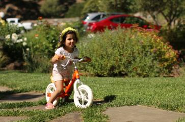 anisa_riding_bike