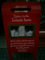 bankastraeti_street_icelandic_santa_mailbox