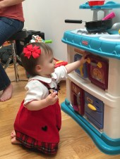 ashcraft_singalong_brooke_kitchen_toy