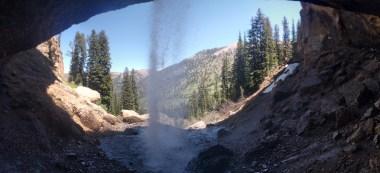 hike_waterfall_pano