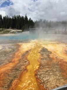 yellowstone_geysers_4