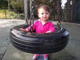 playground_tire_swing