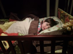 big_girl_bed_falling_asleep