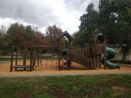 playground_alone_climbing