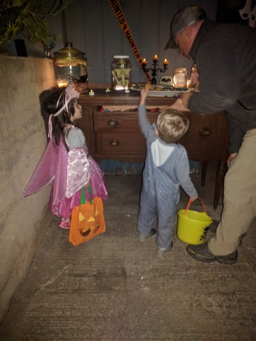 trick_or_treating_mystery_chest
