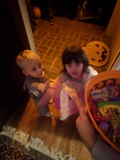 trick_or_treating_reaching