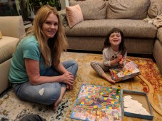 board_game_with_mama
