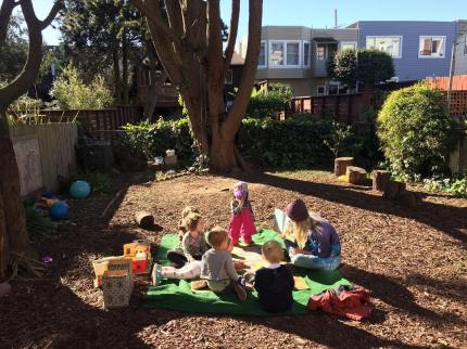 brooke_playschool_group_circle_time