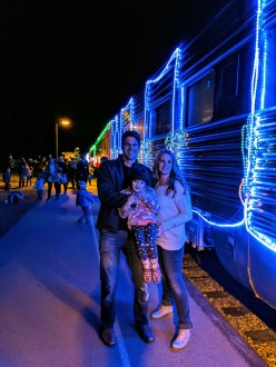 niles_canyon_train_of_lights