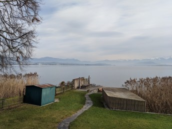 zurich_khaliqs_lake_house_view