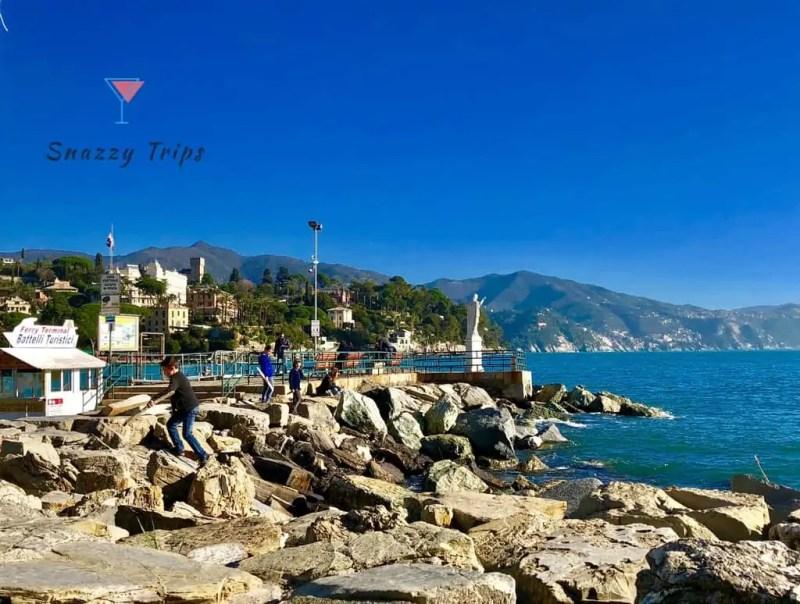 Rocks, mountains and blue water at Santa Margherita Ligure
