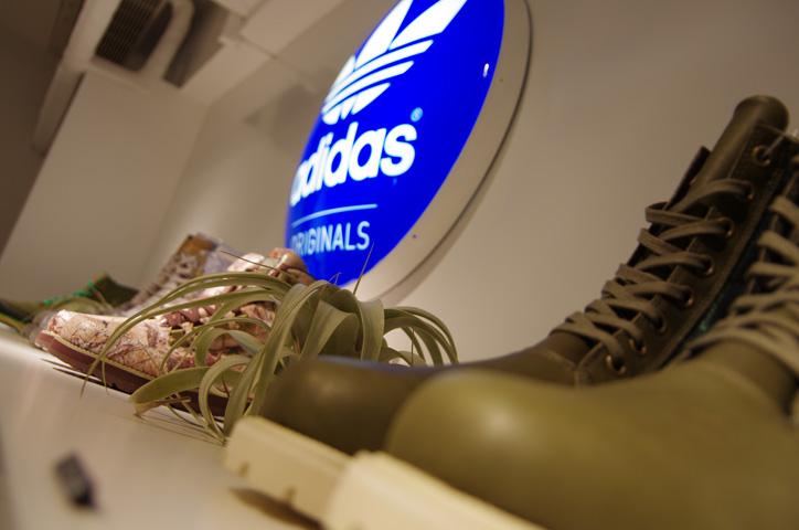 Photo09 - adidas Originals by JEREMY SCOTT XMAS PACK Release Party Recap