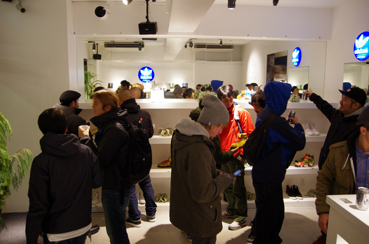 Photo12 - adidas Originals by JEREMY SCOTT XMAS PACK Release Party Recap