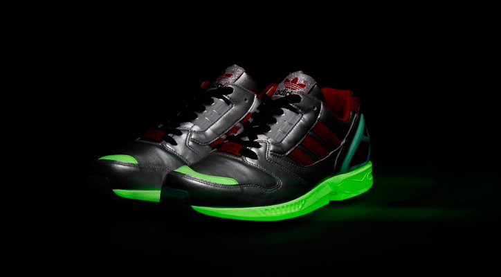 "Photo07 - adidas Originals for atmos ZX8000 ""Glow In the Dark"""