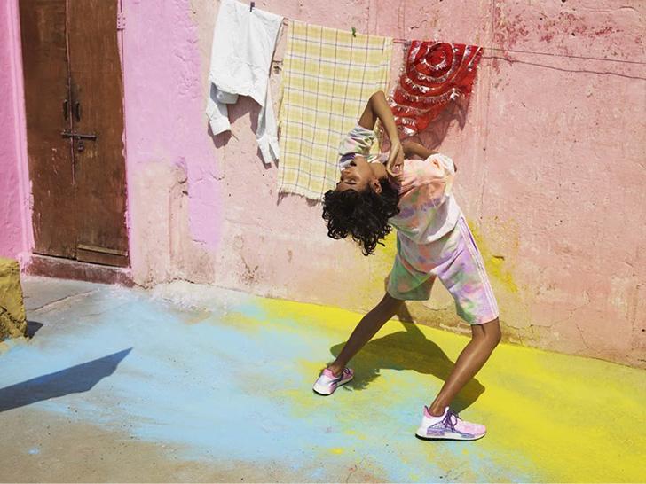 Photo03 - アディダス オリジナルスから、Pharrell Williamsとのコラボレートコレクションadidas Originals = Pharrell Williams Hu Holi Powder Dyeが発売
