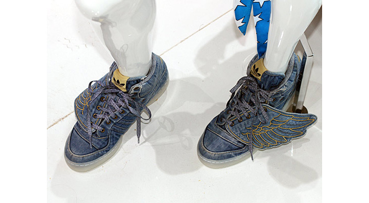 Photo02 - Jeremy Scott x adidas Originals by Originals Denim Wings