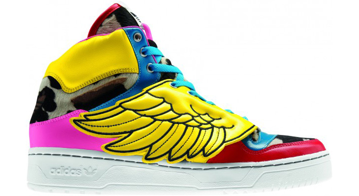 Photo02 - 2NE1 x ADIDAS JS COLLAGE WINGS & WINGS 2.0