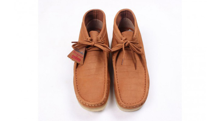 "Photo01 - Supreme x Clarks Originals Wallabees ""Crocodile"""