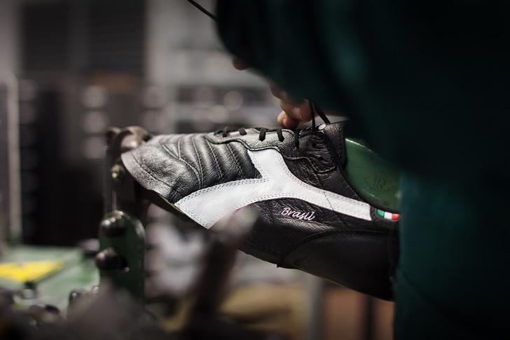 "Photo07 - ディアドラより、30年以上の時を経てfootball shoes ""BRASIL""を復刻し、""BACK IN THE GAME""と題したイベントを開催"