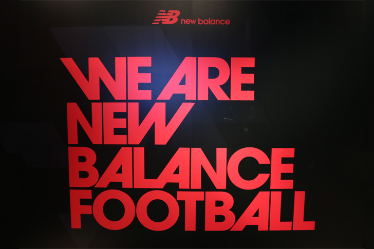 Photo22 - マンチェスター・ユナイテッド所属のマルアン・フェライーニ選手を招いた New Balance FOOTBALL 2015FW BOOTS REVEAL PARTY が開催
