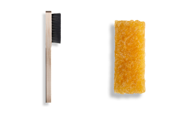 Photo02 - ロサンゼルス発のシューアクセサリーブランドJASON MARKKによるスウェード製シューズ専用のSUEDE CLEANING KITを発売