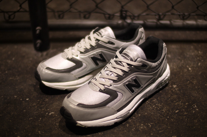 "Photo05 - new balance M2000 ""LIMITED EDITION"""