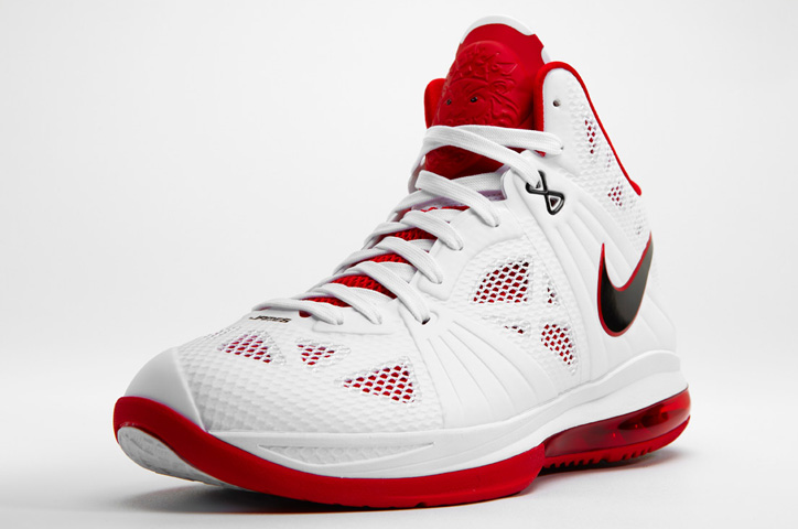 Photo04 - NIKE LEBRON 8 P.S.
