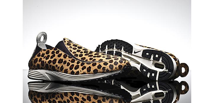 Photo02 - Nike WMNS Pocket Runner   Leopard + Black Pony Hair