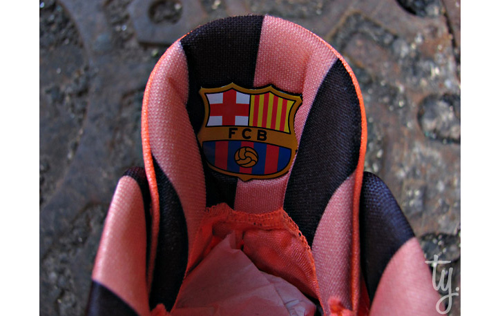 "Photo02 - NIKE ZOOM KOBE VI ""FC BARCELONA"""
