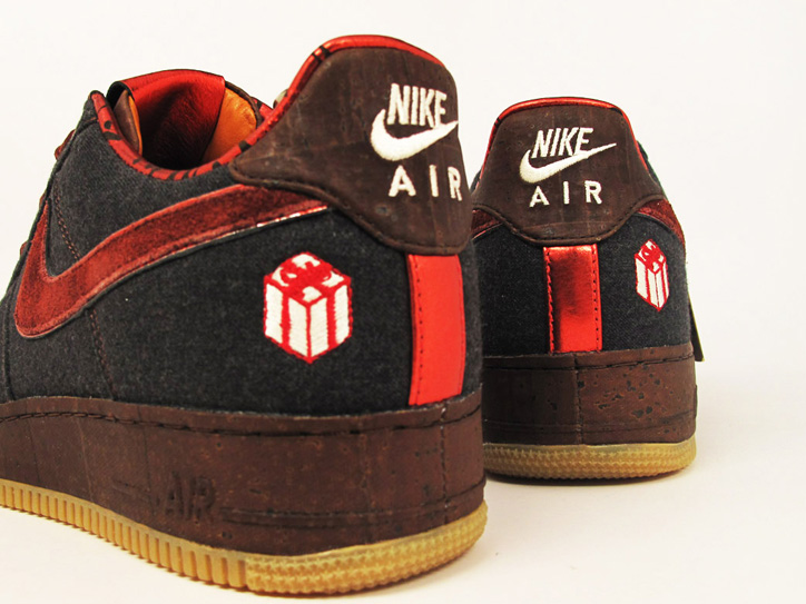 "Photo02 - NIKE AIR FORCE 1 ""THE GIFT"""