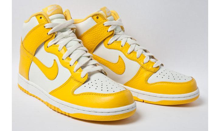 Photo01 - NIKE DUNK HIGH VARSITY MAIZE