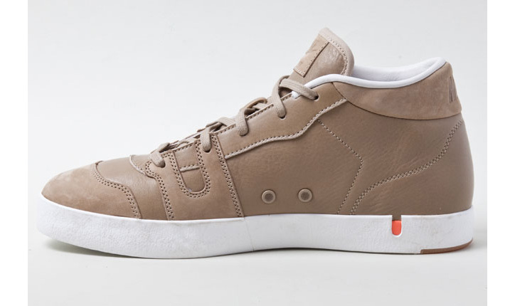 Photo02 - NIKE MANOR KHAKI LEATHER