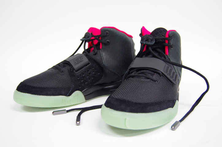 Photo10 - NIKE AIR YEEZY II NRG 販売方法