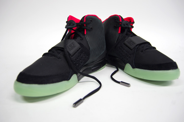 Photo12 - NIKE AIR YEEZY II NRG 販売方法
