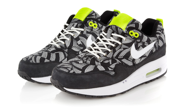 Photo09 - NIKE SPORTSWEAR LIBERTY COLLECTION