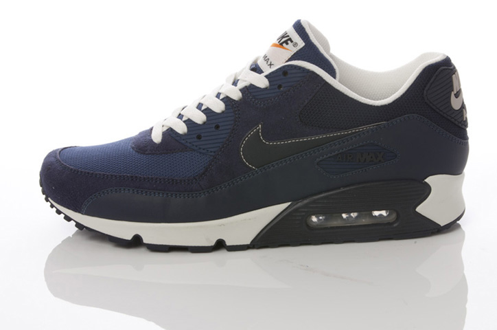 Photo12 - NIKE GREY / NAVY COLLECTION