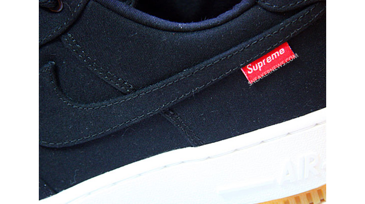 Photo01 - Supreme x Nike Air Force 1 Low Premium