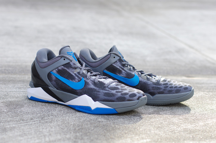 Photo04 - NIKE ZOOM KOBE VII SYSTEM WOLF GREY