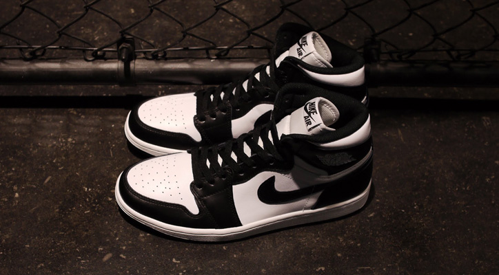 Photo01 - NIKE AIR JORDAN 1 RETRO HIGH OG BLACK/WHITE が発売