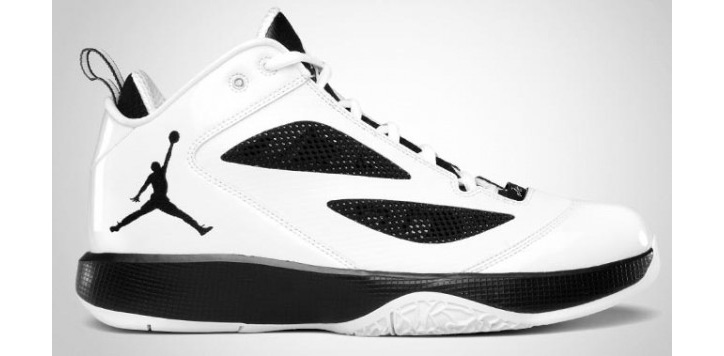 Photo02 - NIKE AIR JORDAN 2011 Q FLIGHT