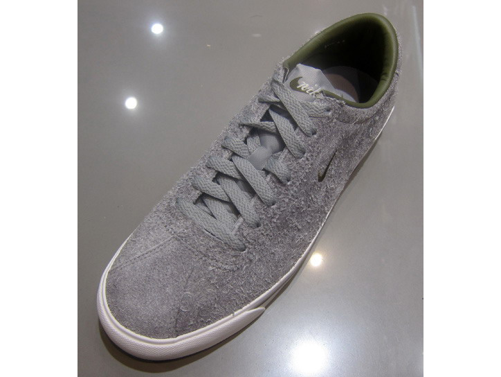 Photo02 - Nike Zoom Match Classic 'Hairy Suede'