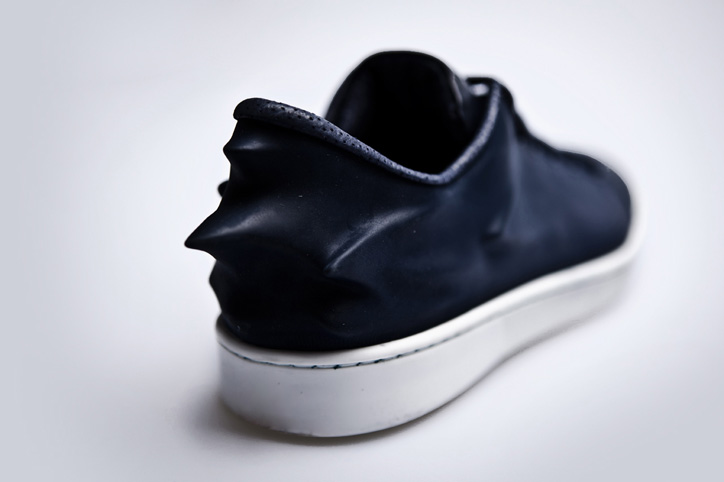 Photo04 - Hussein Chalayan x PUMA Urban Mobility 2011 Fall/Winter Urban Swift
